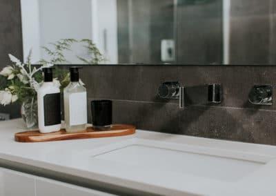 1200x800_Studio-Black_Interiors_Maria-Cerne_Bathroom-Sink_G8A0213