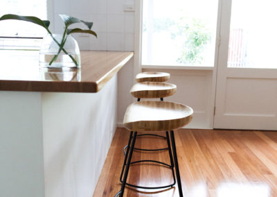 O'Conner house - kitchen barstools